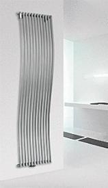 design-wohnraum-heizkoerper-aliseo-weiss-ral-9016-1803x380-mm
