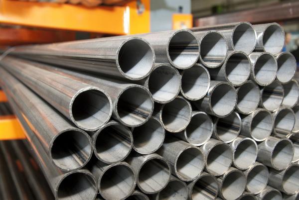 Stahlrohr Stapel