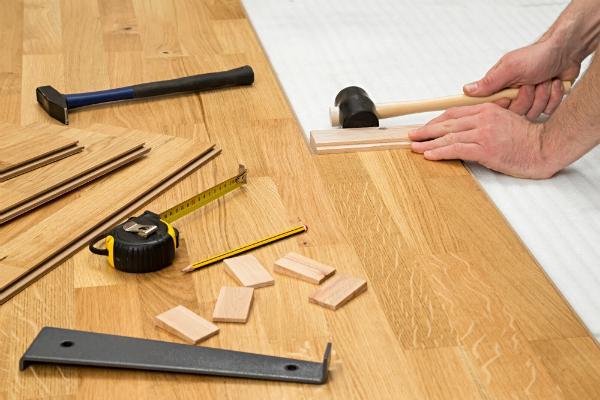 Holz hat einen hohen Wärmedurchlasswiderstand