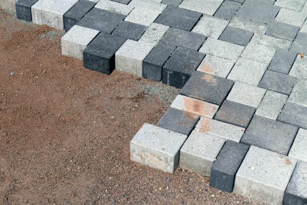 Verlegung von Betonpflaster