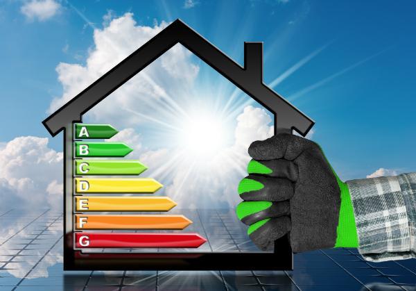 Durch Solaranlagen lassen sich hohe Energiekosten stark reduzieren