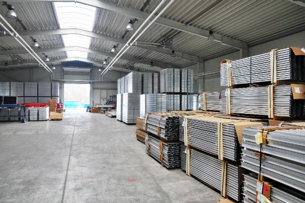 Lagerhalle Industrie Metallverarbeitung