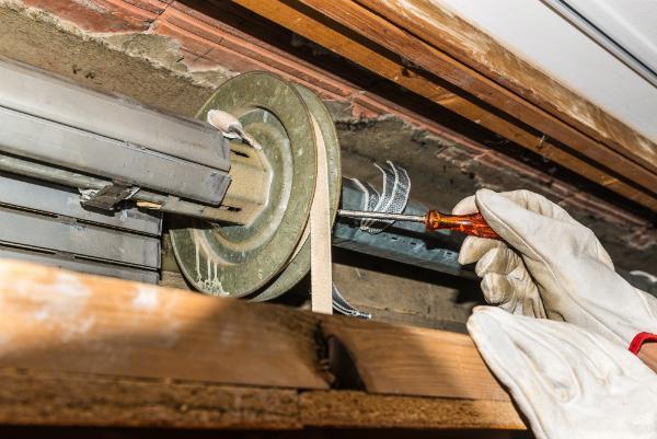 Reparatur eines Rollladens