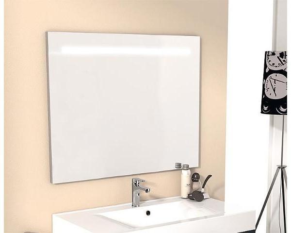Spiegel-m-beleuchteter-Blende-900x720mm
