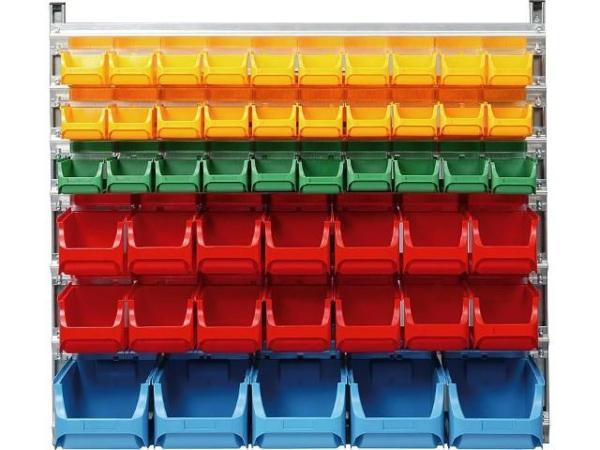 Wandregal-mit-49-Kunststoffboxen