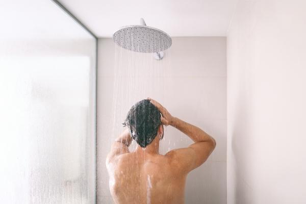 regendusche-modernes-duschsystem