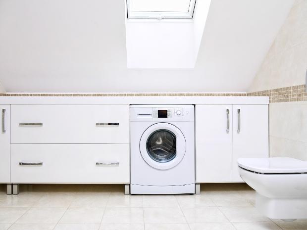 Waschmaschine in einer Schrankwand