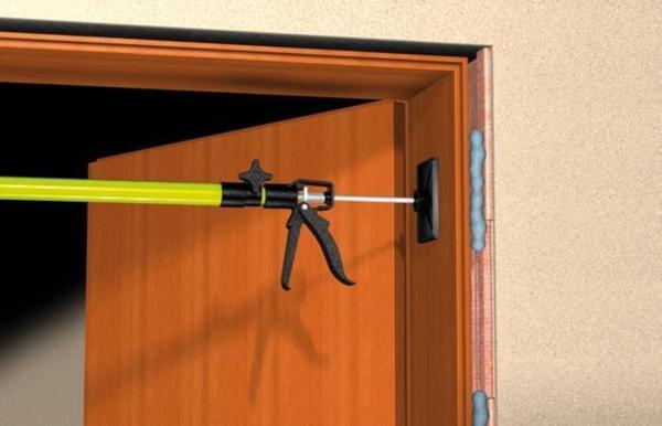 Fischer-Hochwertiger-Premium-Zargenschaum-2K-PU-400-bis-13-Liter-Montageschaum-53081-VPE-1-Stueck