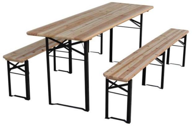 Tisch mit 2 Bänken für den Garten