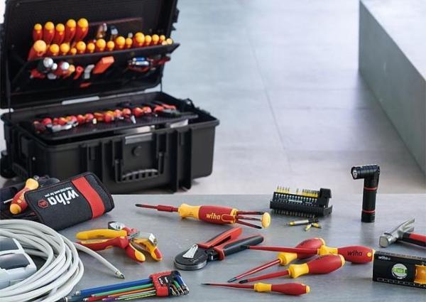 Werkzeugkoffer-WIHA-Elektriker-Competence-XXL-bestueckt-115-teilig