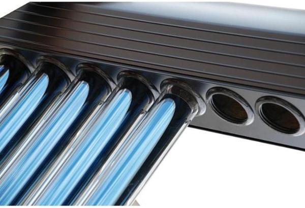 Sammler-fuer-Heat-Pipe-Roehrenkollektor-HP22-roehrenkollektoren-im-einsatz