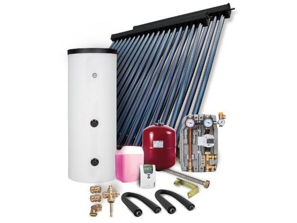 Solarpaket-HP-30-Aufdachmontage-9-78m2-ohne-Speicher-roehrenkollektoren-im-einsatz