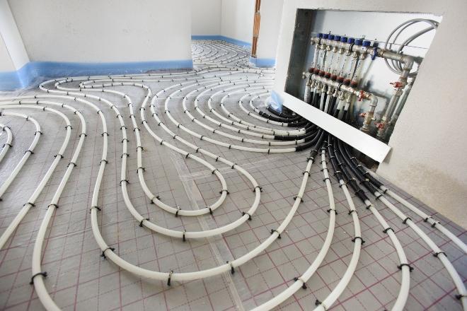 Installation einer Fußbodenheizung - Thema Wandheizung oder Fußbodenheizung