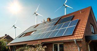 Haus mit Photovoltaik und Windkraft - Kombinierte Heizsysteme