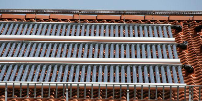 Solarthermie auf Hausdach für Solarthermieheizung