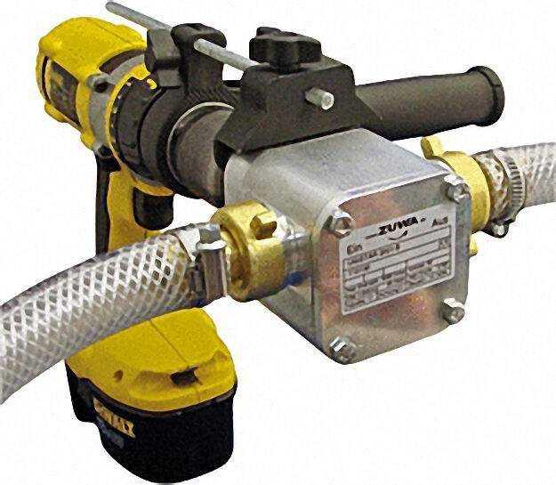 Unistar 2001-B Impellerpumpe mit Adapter für Bohrm. Pumpe max. 60 L/Mi