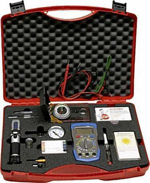 Solarprüfkoffer mit Handrefraktometer, Kompass Multimeter, Prüfstreifen