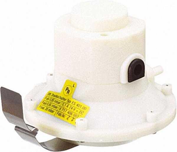 Differenzdruckschalter für ZR/ZWR-A/LI Junkers Nr.: 8 717 406 009