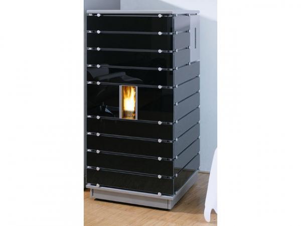 Buderus Pellet-Primärofen ivo.tec, 3-8 kW, Glas black, Stahl silbermetallic, Steuerung S5 Komfort, 7736600939