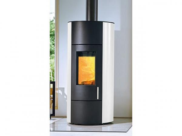 Buderus Kaminofen CEO water+, 8 kW, Seitenverkleidung white, Stahl black, rlu, 7736601187