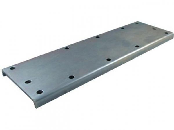 WOLF 2482889 Montageplatte Vor-/Rücklauf 170kW